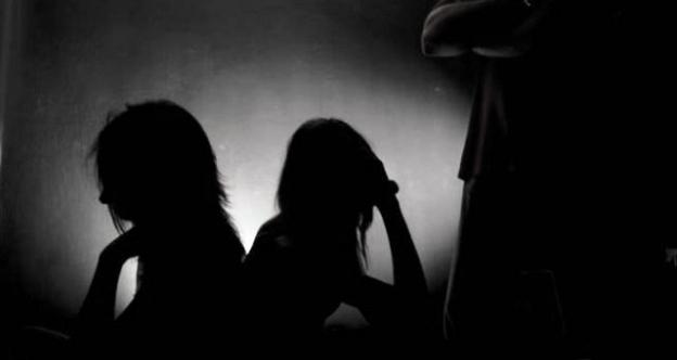 Članovi porodica povezani sa gotovo polovinom slučajeva trgovine djecom