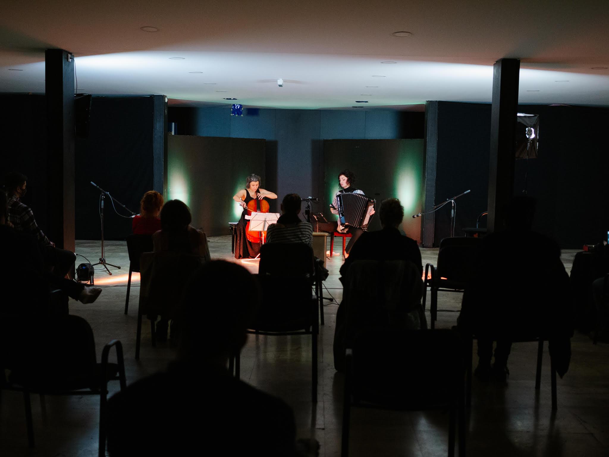 Snimak koncerta dua 2B (Belma Alić i Belma Šarančić)